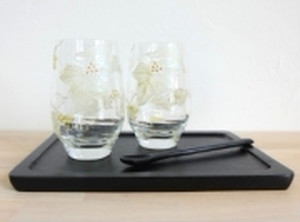 【アイビー】リーフペア大振り焼酎グラストレー&マドラー付(手描きガラス絵付け)/両親プレゼント・ウェディングギフト・結婚祝い】