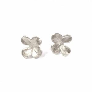 Tetrafolium・Earrings