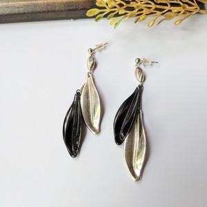 Silver&Black Vintage wing