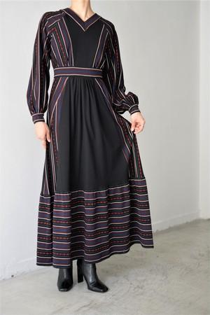 LOKITHO / JACQUARD KNIT DRESS