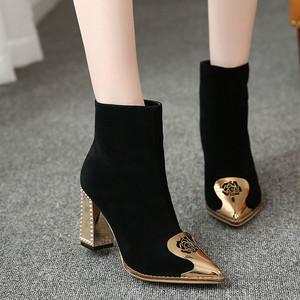 【shoes】女性らしい印象セレブ風ブーツ25509964