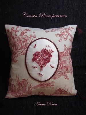 Annie Penin 刺しゅうキット トワル・ド・ジュイのクッション<Coussin Roses Persanes>