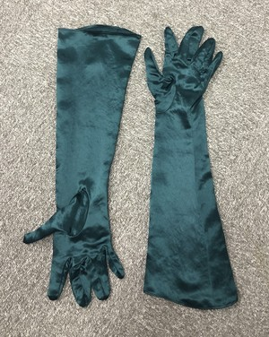 COLLINA STRADA HEAVY SATIN GLOVES