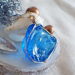 〈女神巻き®〉アンダラクリスタル(ブルー)のペンダントトップ