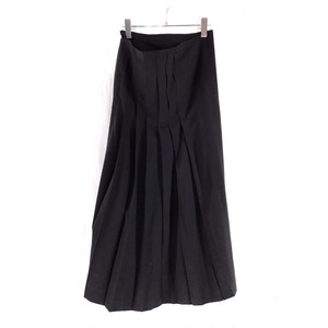 Y'S WRAPPING SKIRT PLEATS DESIGN