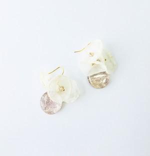 博多織とお花が揺れるフックピアス(RP-27)ピンク シャンパンゴールド