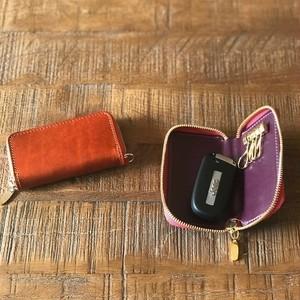 革の宝石ルガトーのラウンドファスナーキーケース
