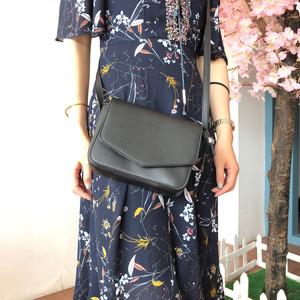 【送料無料】バッグ ショルダーバッグ ミニバッグ ポシェット コンパクト 上品 シンプル 綺麗め お出かけ デイリー デート
