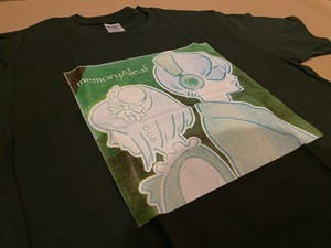 memoryAleaf Tシャツ