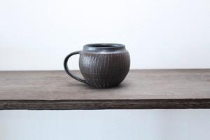 陶芸作家【MUSHITARO/新納虫太郎】Round Mug  erosion pattern kuromon ラウンドマグカップ【黒】