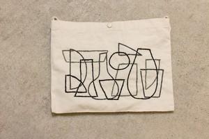 刺繍 サコッシュ 居場所の中の輪郭02