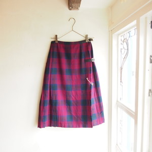 70-80s''Mosbrook'' made in Great Britain wool check pattern wrap skirt