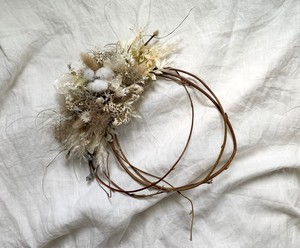 winter white wreath