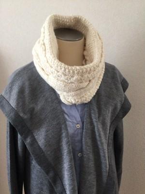 手紡ぎ毛糸 手編み ニット ネックウォーマー 白