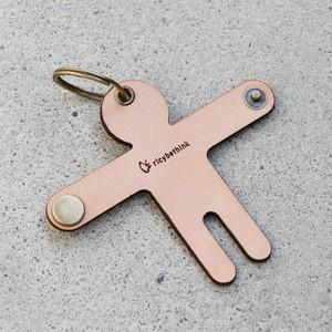 鍵を抱くキーケース/natural color