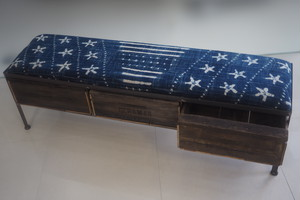 品番UAI3-123 3drawer ottoman[narrow/African indigo batik tribal]