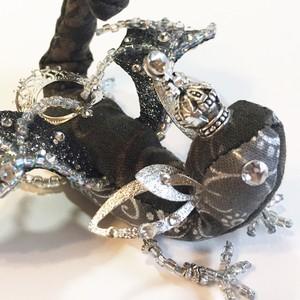 星石の宝石竜王 【ブラックダイヤモンド 白銀(オッドアイ)】