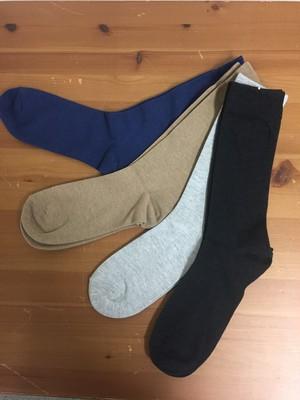 (在庫のみ)綿由来の天然炭素繊維を靴下の産地 奈良県の工場で編んだベーシックソックス