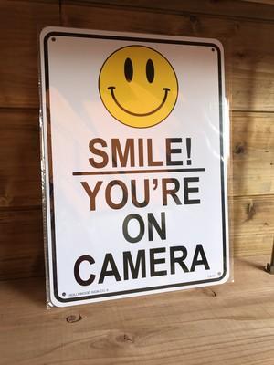 スマイル☺監視カメラに写ってます プラスチック製 サインボード