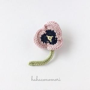 レース糸♡パンジーのブローチ ピンク