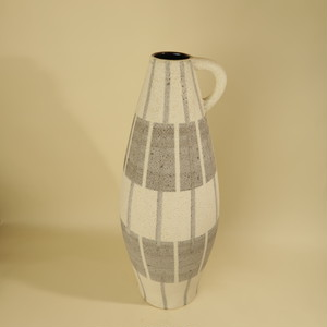 --Ilkra keramik --