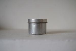 アルミの缶