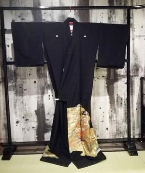 Kurotomesode ( Shou-chiku-bai)