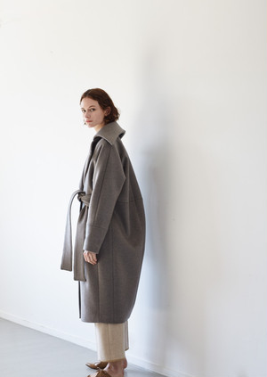 【予約】Wool blend belted robe