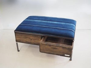 品番UAIW-114  2drawer ottoman[wide/African indigo batik tribal]