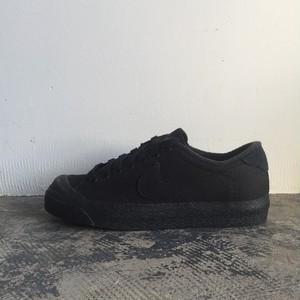 【コラボ】Nike x A.P.C. All Court All Black