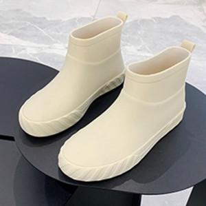 ショートレインブーツ ラバーブーツ シンプル かわいい 梅雨 モノトーン コスプレ フェミニン 韓国