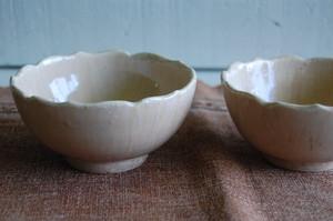 ワラ灰釉小鉢