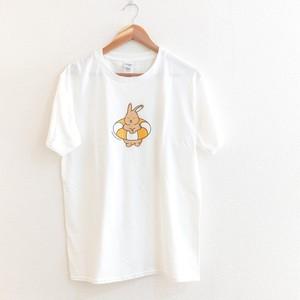 浮き輪とうさぎTシャツ