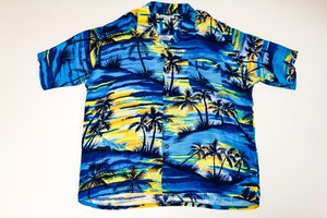 USED HAWAIIAN ALOHA SHIRT