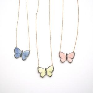 蝶々ネックレス
