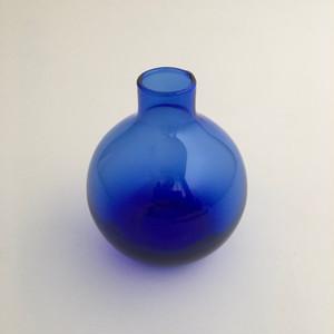 丸いガラスの花瓶(ブルー)|Round Glass Flower Vase(Blue)