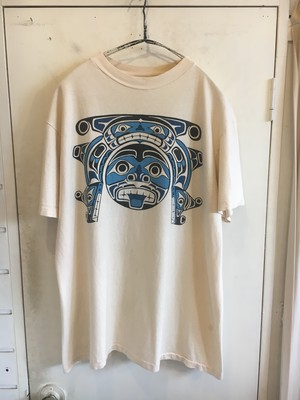 """90s """"North West Indian Art"""" printed t-shirts"""
