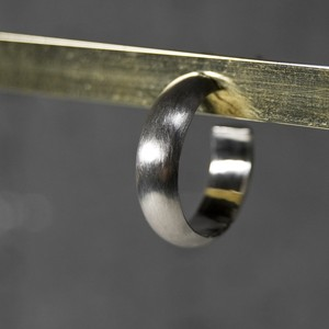 シルバープレーンフープピアス 5.0mm幅 マット|WKS PLANE HOOP PIERCED EARRING 5.0 sv matte|FA-382