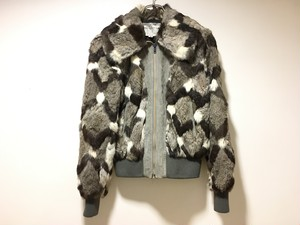 zip-up rabbit fur blouson