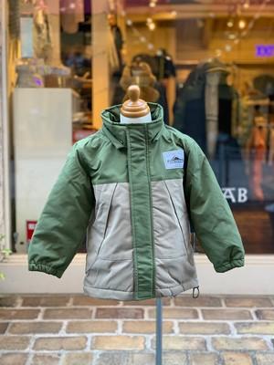 KIDS&ADULT:OFFICIAL TEAM【オフィシャルチーム】MOUNTAIN LIGHT JACKET(カーキ/XS:150cm)マウンテンライトジャケット