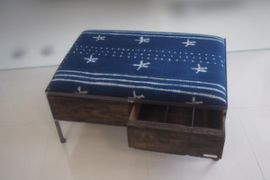 品番UAIW-118  2drawer ottoman[wide/African indigo batik tribal]