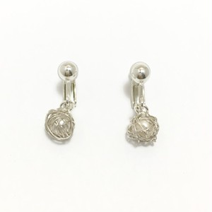 チェロ弦のシルバーワイヤーボールイヤリング  Cello silver strings wire ball earrings