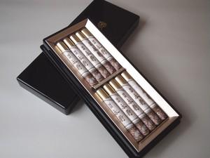 進物用 お線香 ◆ 伽羅 永寿 短寸 10把入  塗箱