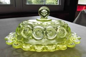 D29-262 ウランガラスのバターケース