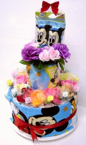 ご出産お祝い <おむつケーキ> 可愛いくって 人気の 「2段おむつケーキ ディズニーR-2 男の子用 ミッキー」 華やかな見栄えの 豪華版