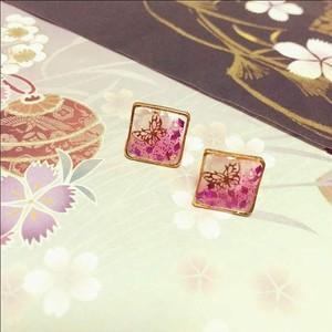 蝶の箱庭★ゴールドバタフライのピアスorイヤリング