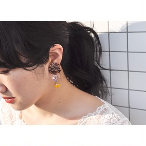 tiravisù【 pink × beige button _  yellow beads_earring 】vintage handmade イヤリング japan