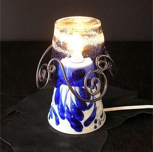 琉球ガラスのランプ アイアン黒/稲嶺盛吉泡巻グラス青  わけあり商品
