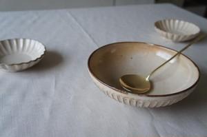 Serving spoon / Lue