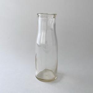 Thin Rim Milk Bottles  ヴィンテージのミルクボトル TR7